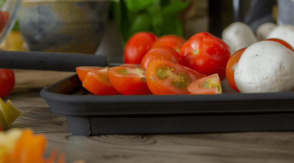 tomato cutting board