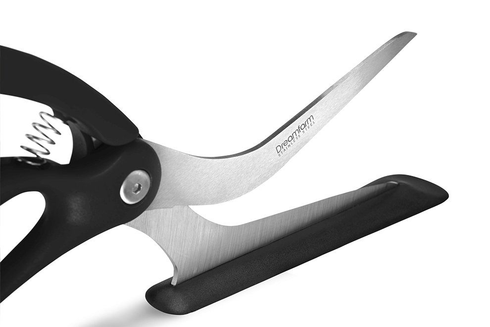 Scizza: Stainless steel blade.